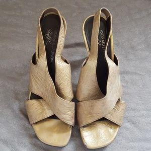 Donald J Pliner gold heels